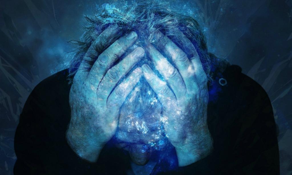 Hebben slimme mensen meer last van een vol of druk hoofd?