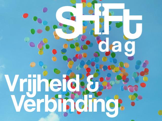 blauwe lucht met balonnen en tekst Shiftdag Vrijheid & Verbinding
